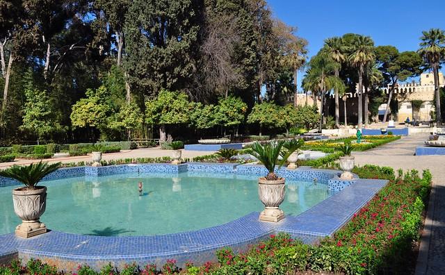 Grand bassin, Jardin Jnan Assabil (جنان ااسبيل), Parc de Boujloud, Fès, Maroc.