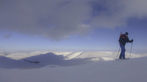 Snowshoeing at Drumochter | by Scotland's Mountains