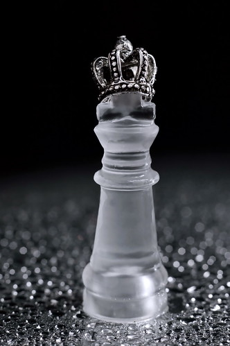 macro macromondays king crown water life nikond3200 extensiontube20mm 50mm18 chess onceuponatime thewateroflife