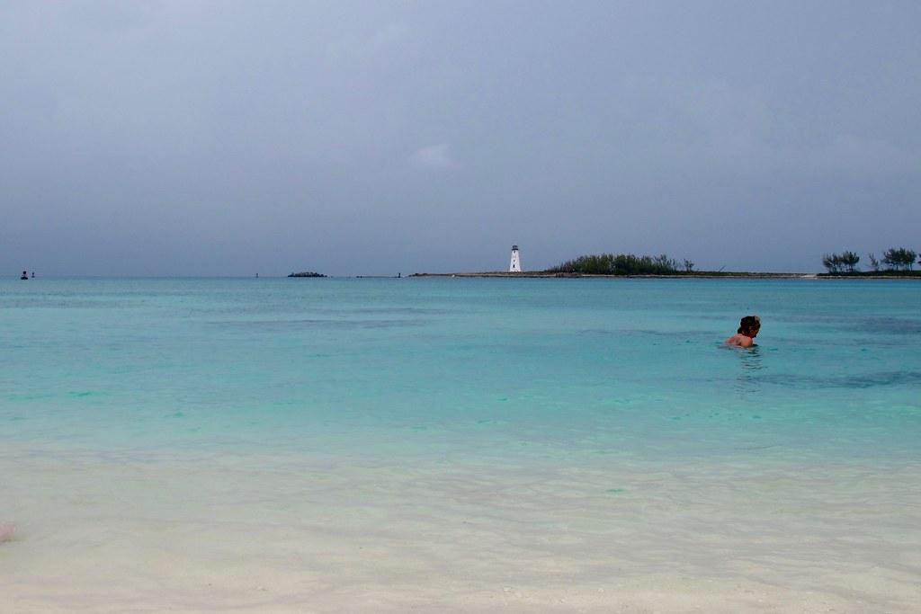 L'heure du bain / Nassau