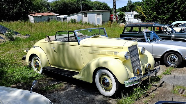 Packard 115C cabriolet 1937