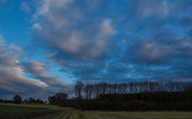 270_2018_03_12_Oelde_Tagesende_Wolkenspiel