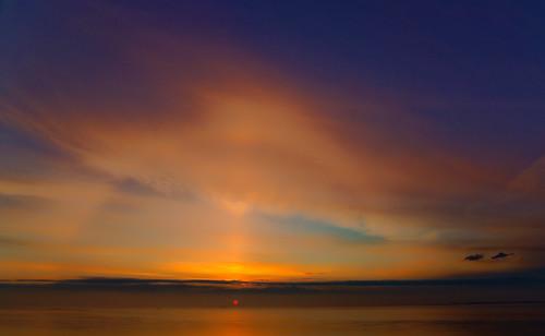 sunrise sunlight ship humberestuary humberside clouds tones morning wideangle hulldocks calm halcyon coaster