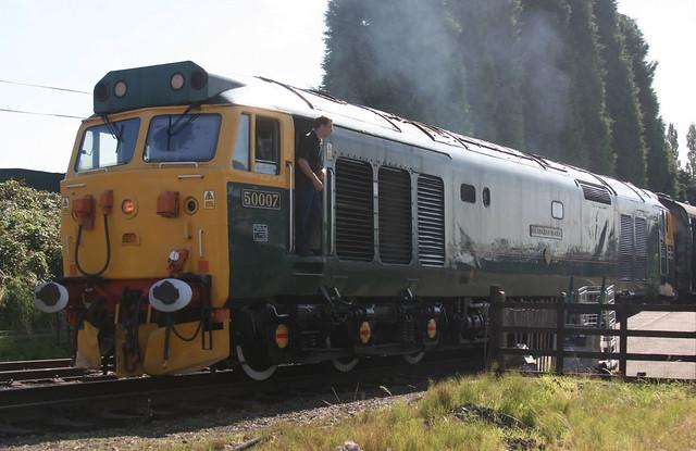 118072 50007 Loughborough Station (GCR) 12.09.2009