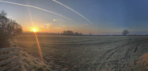 frost frosty panorama sunrise glow fields village countryside orange iphone cold march morning staffordshire uk cloudsstormssunsetssunrises