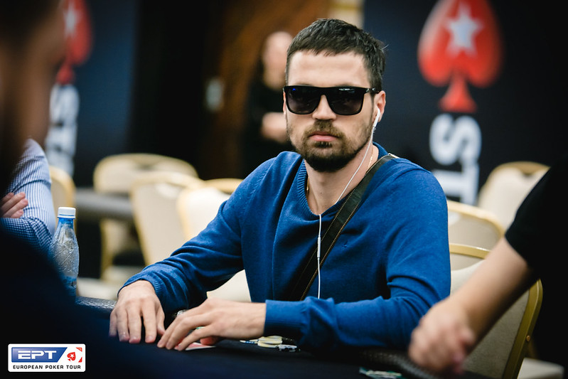 russian poker описание игрового автомата