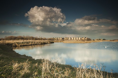essex shoeburyness gunnerspark houses sundaylights southend clouds whiteclouds