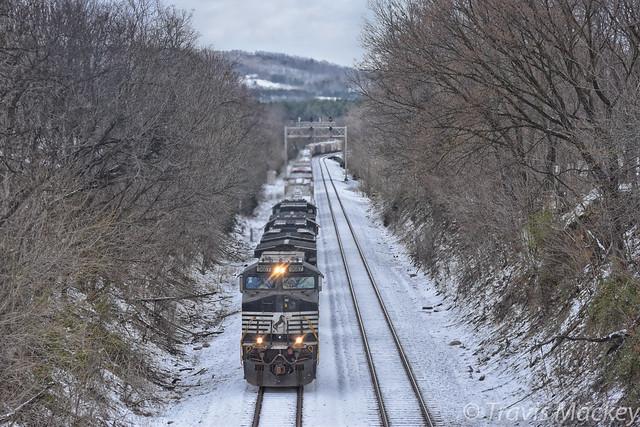 NS 165 at Green Hill