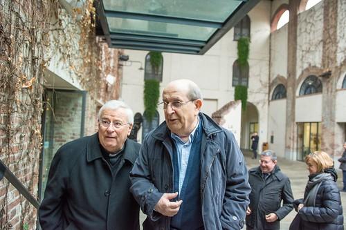 Il cardinale Gualtiero Bassetti all'Arsenale della Pace