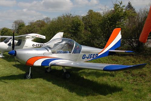 G-JEEP Evektor EV-97A [2001-1154 & PFA 315-13888] Popham 020509
