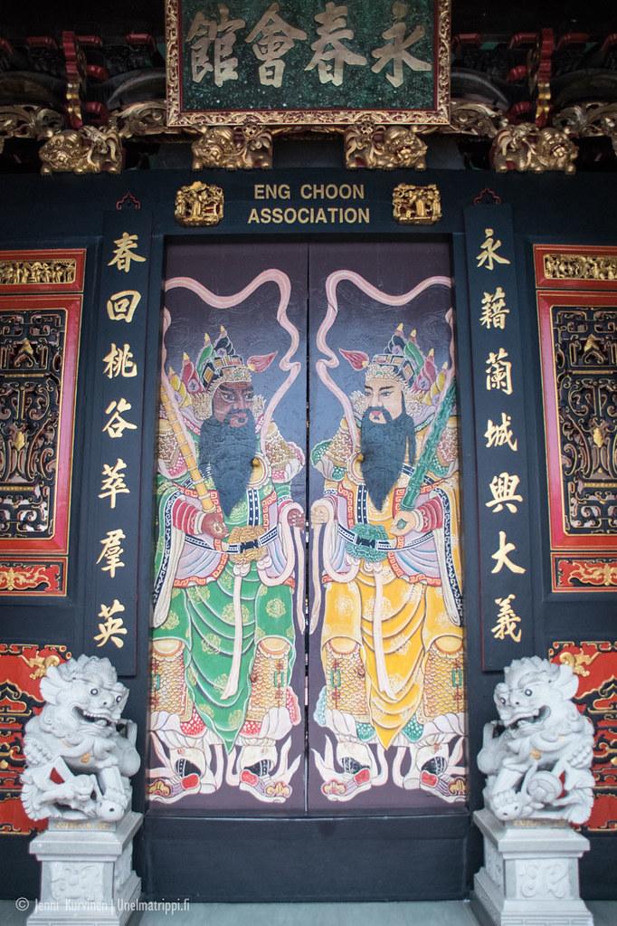 Koristeellinen ovi Malakassa