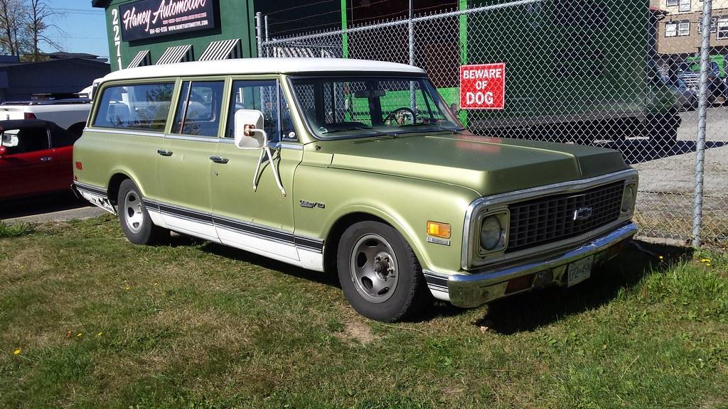 71-'72 Chevrolet C/10 Suburban 8/400 | According to Wiki, t