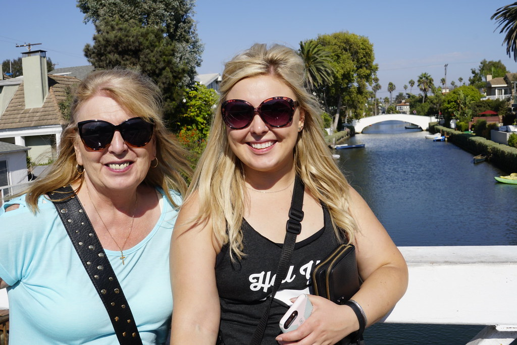 Mom and daughter at the Venice Canals | m01229 | Flickr