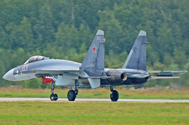Sukhoi Su-35S Flanker-E RF-95242/03 Red