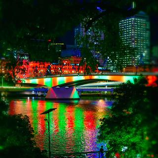 BRISBANE 2017 - VICTORIA BRIDGE IN LOCAL COLOUR   ( #866 in series ) - Brisbane AU 18Dec2017 sRGB web
