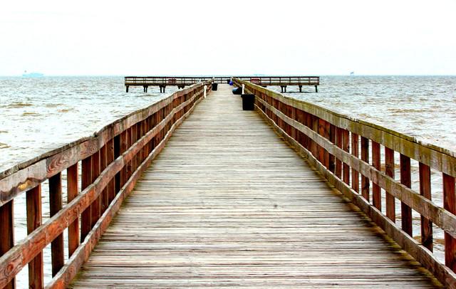 Pier to Horizon
