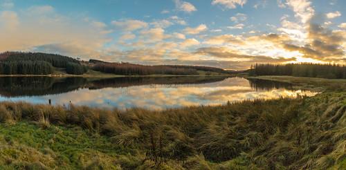 craighalldam scotland winter reflection walking eastrenfrewshire panorama neilston landscape reservoir waterscape