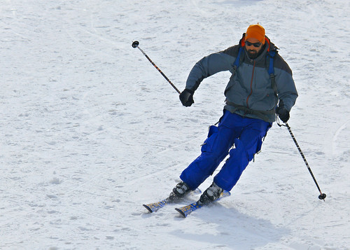 winter skiing kashmir snowboarding gulmarg adventuresports travel india nature