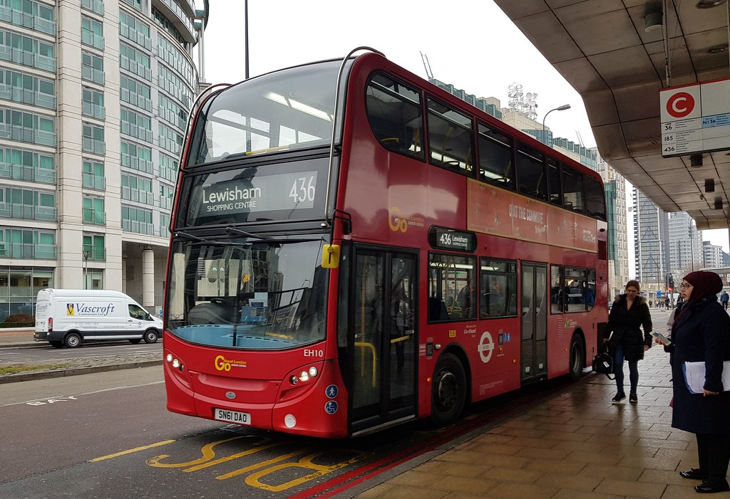 Eh10 Eh10 On Route 436 At Vauxhall Bus Station On 9th