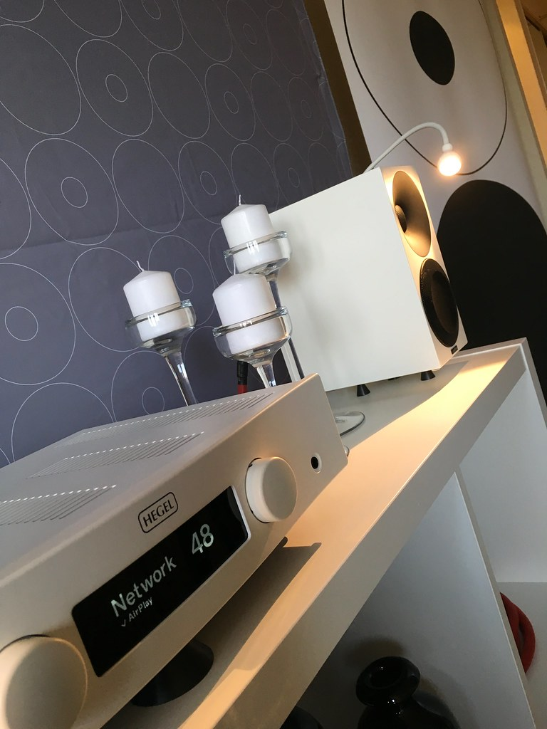 Amphion Argon 0 speakers and Hegel Rost amplifier at Brist