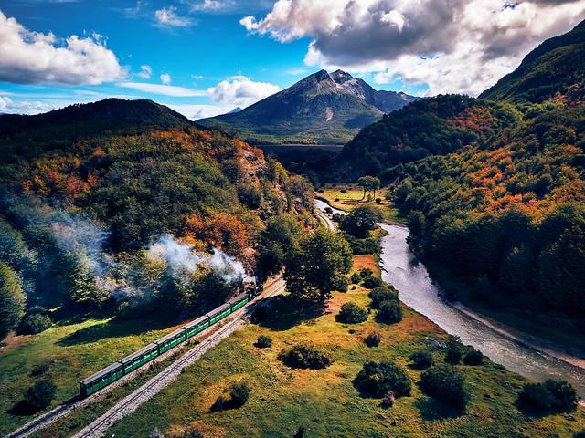 El Tren del Fin del Mundo - Train of the End of the World