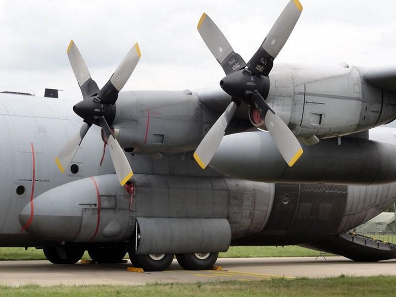 Lockheed C-130H Hercules 2