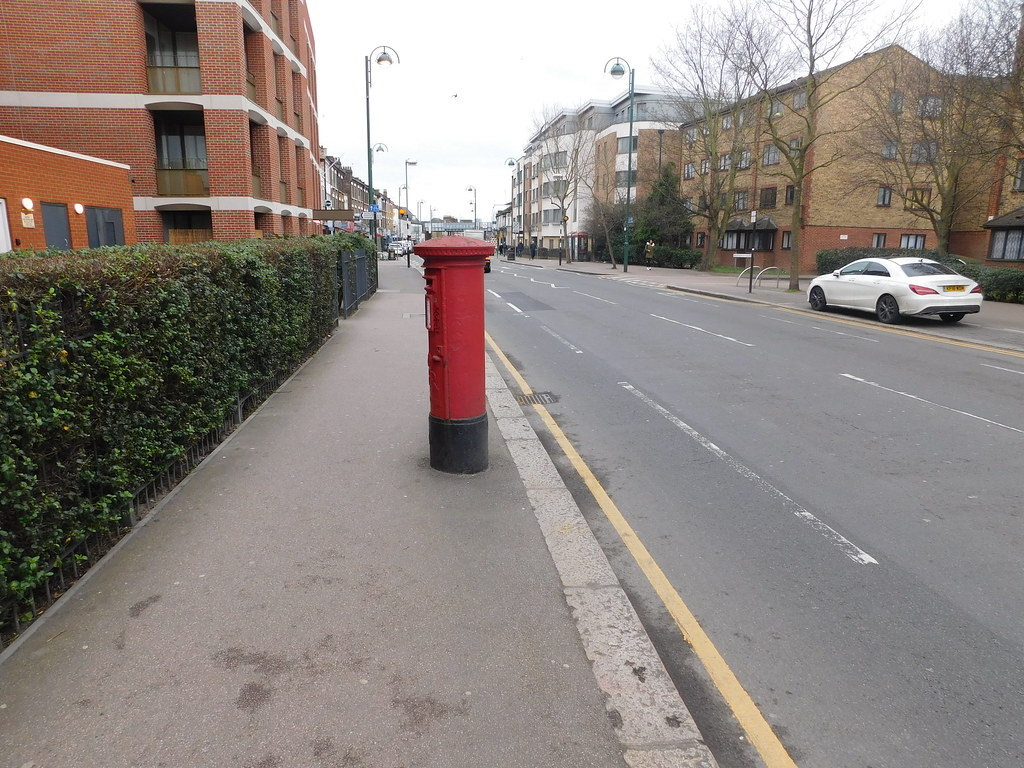 High Road Leytonstone: post box E11 24D