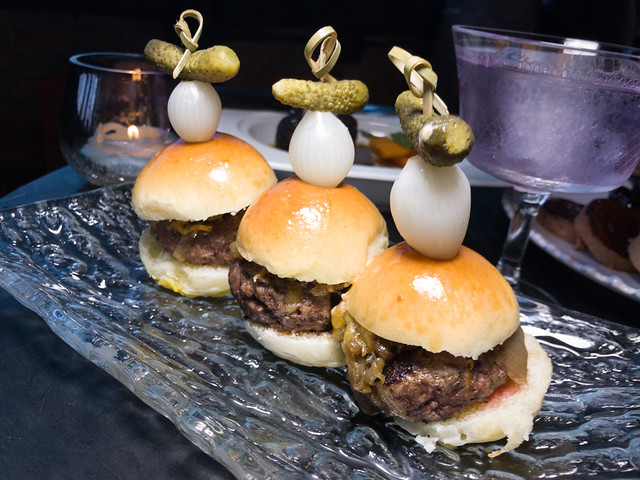 Beef sliders with caramelized shallots, spicy mayo