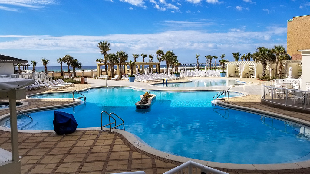Pool area - Hilton Pensacola Beach