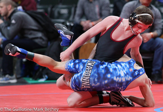 Quarterfinal - Blake West (Owatonna) 45-3 won by decision over Nicholas Novak (New Prague) 44-4 (Dec 5-4) - 180302bmk0001