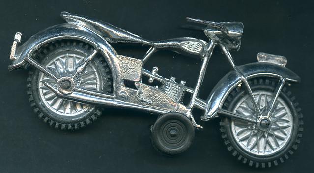 Archiv 12 All02 Spielzeug, Motorrad aus Kunststoff, 1950er