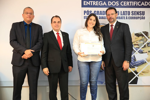 ENTREGA_CERTIFICADOS - PÓS COMBATA A CORRUPÇÃO (42)