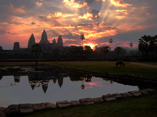Angkor sunrise(2)