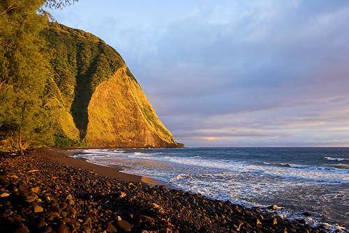 beach sunrise hawaii 2006 valley waimanu 22983