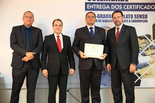 ENTREGA_CERTIFICADOS - PÓS COMBATA A CORRUPÇÃO (30)