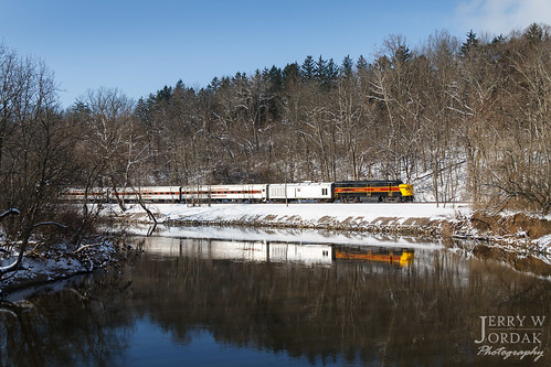 passengertrain trees reflection cvsr 6777 fpa4 river snow train independence ohio unitedstates us