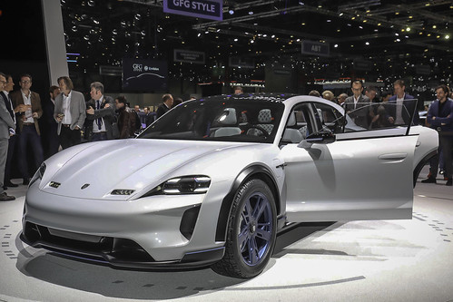 Porsche Mission E Cross Turismo | by Car Fanatics
