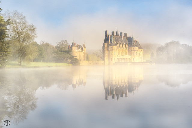 Misty golden hour on the castle...