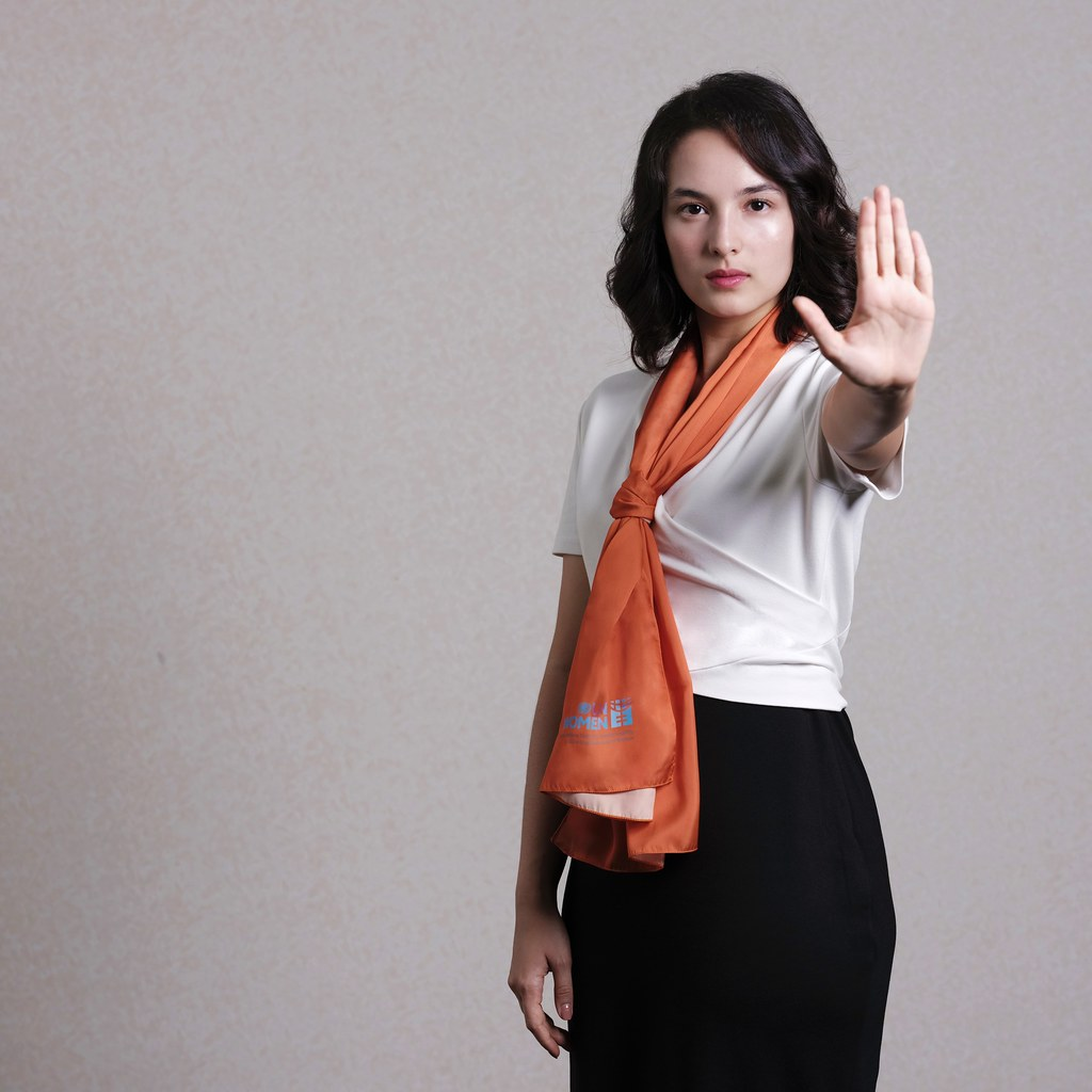 View Chelsea Islan Images