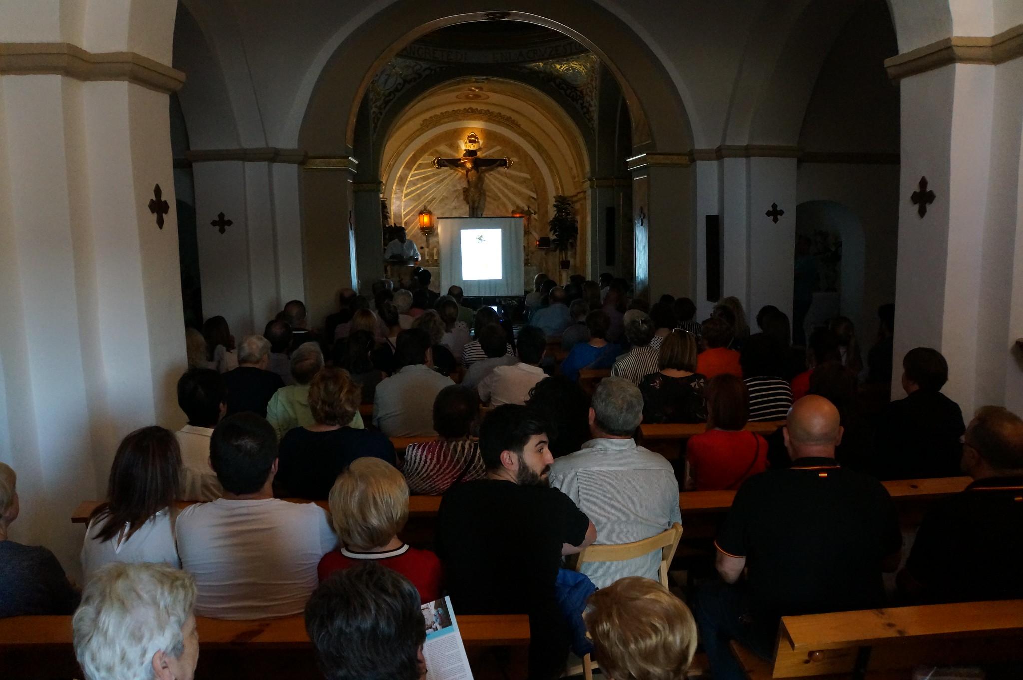 (2018-06-12) Presentación Revista El Cristo 2018 - Paqui Reig Aracil (07)