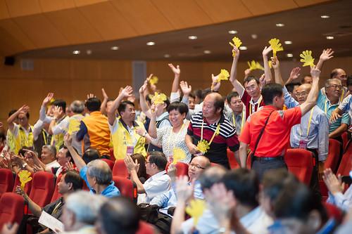 圖28. 分會幹部們共襄盛舉一齊同歡熱鬧慶祝