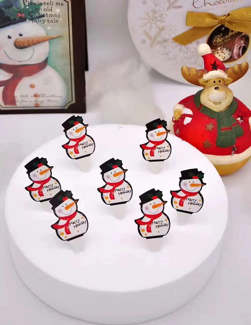 Cake Decorations for Christmas
