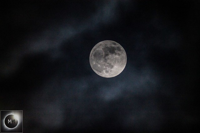 Cloudy Perigee (Almost) Full Moon 21:06 GMT 20/01/19