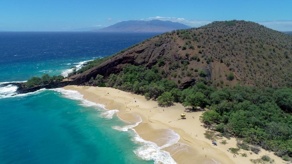 Maui dating scene