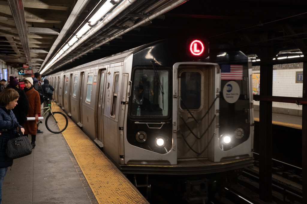 Governor Cuomo Tours Canarsie Tunnel Ahead of L Train
