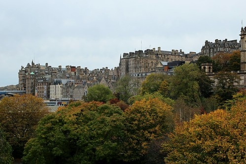 edinburgh edimburgo scotland escocia oldtown ciudadvieja cityscape paisaje automn otoño canon canoneos eos6d