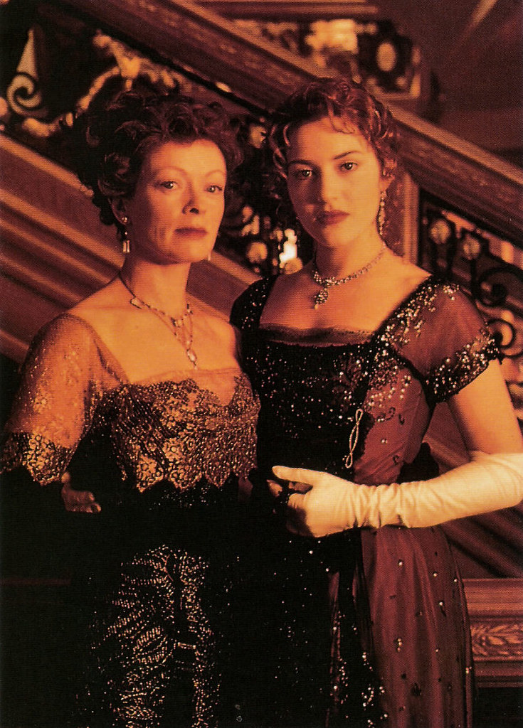 Kate Winslet And Frances Fisher In Titanic 1997 A Photo On Flickriver