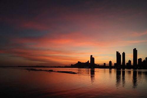 panama city sky line skyline urbanscape waterscape reflection sunset dawn red orange golden hour skyscraper water ocean clouds landscape architecture