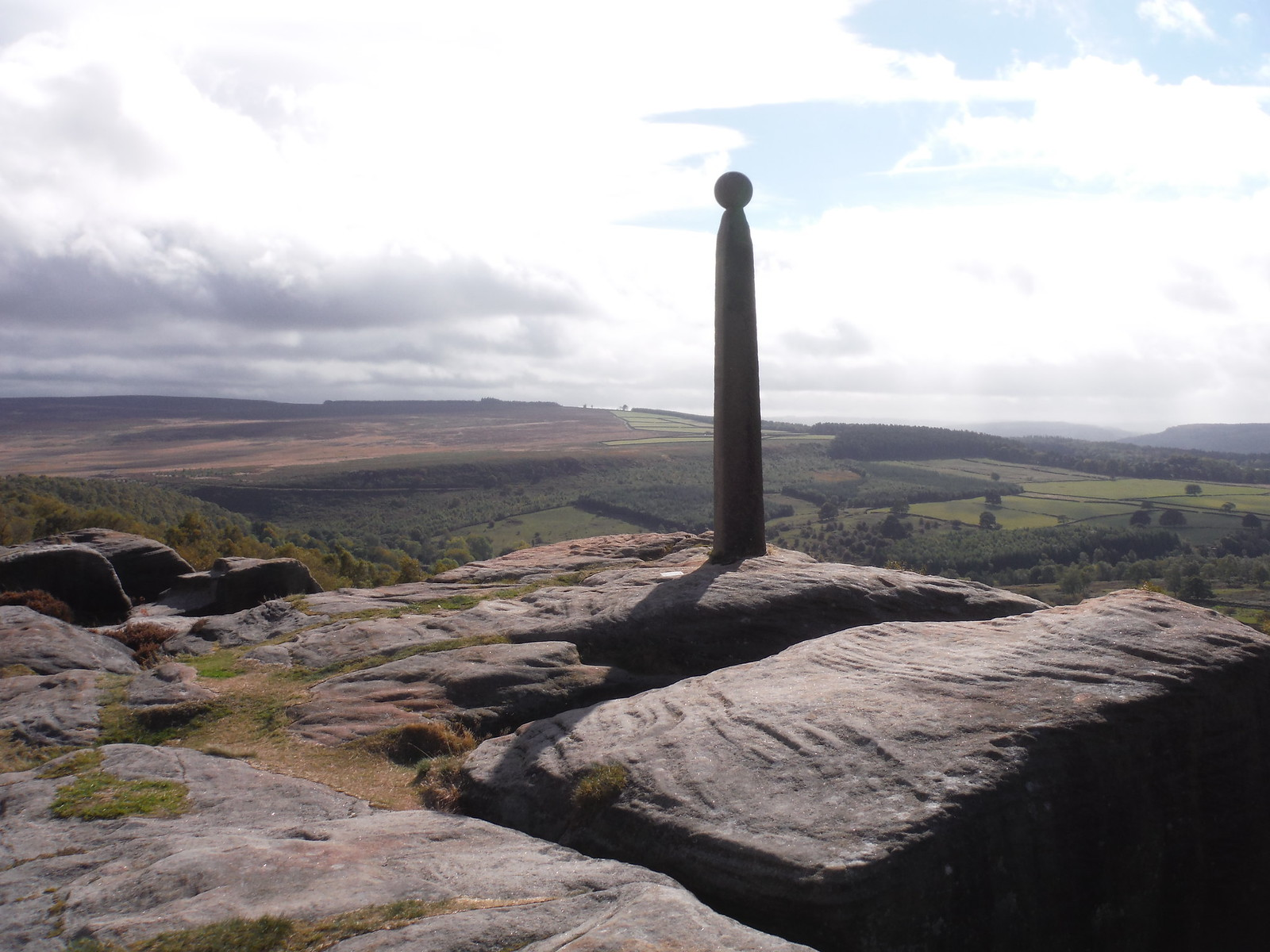 Nelson's Monument, Birchen Edge SWC Walk 322 - Grindleford Circular (via Chatsworth House)