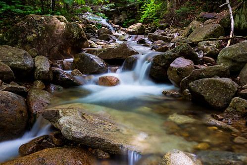 fallingwaters fallingwaterstrail whitemountain nationalforest franconiaridge franconianotch statepark newhampshire newengland stream trail hiking water mountain trees rocks waterfall forest landscape summer park canon 6d longexposure